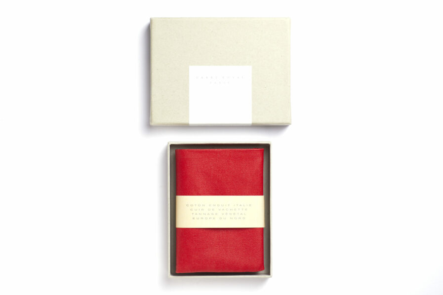 Red canvas wallet with Vegetal Tanned Leather trim by Carré Royal in the Box (JA104 Rouge)
