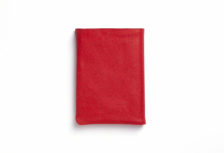 Red canvas wallet with Vegetal Tanned Leather trim by Carré Royal Front (JA104 Rouge)