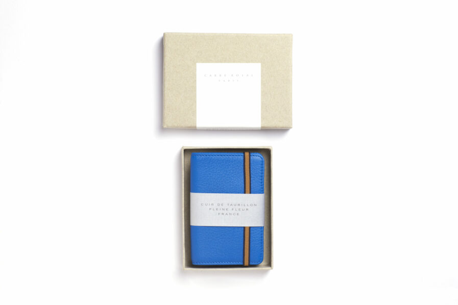 Light Blue Card Holder in Calfskin Leather by Carré Royal in the Box (LA024 Bleu Ciel)