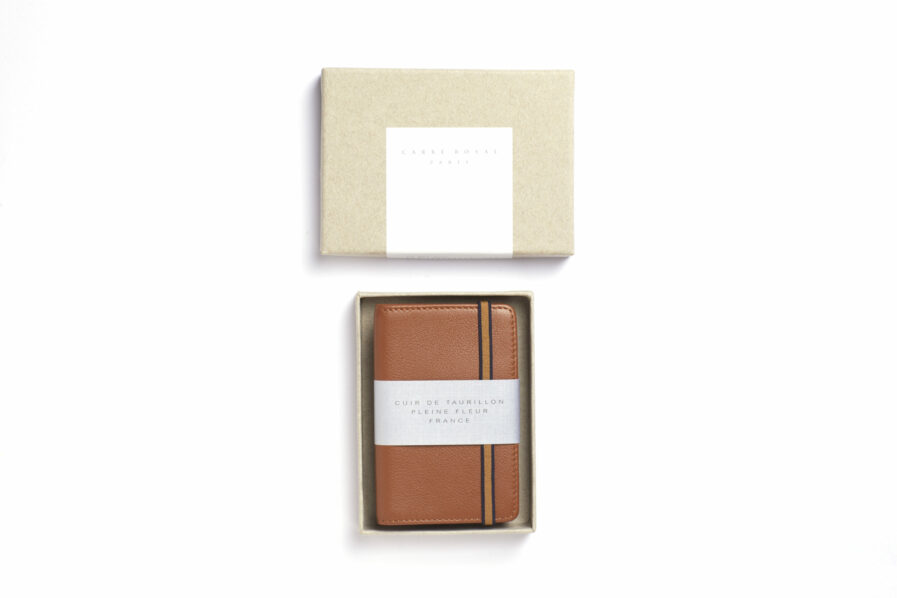 Gold Card Holder in Calfskin Leather by Carré Royal in the Box (LA024 Gold)