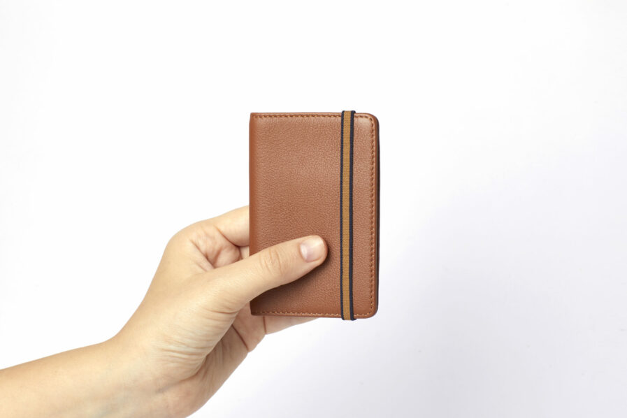 Gold Card Holder in Calfskin Leather by Carré Royal at Hand (LA024 Gold)