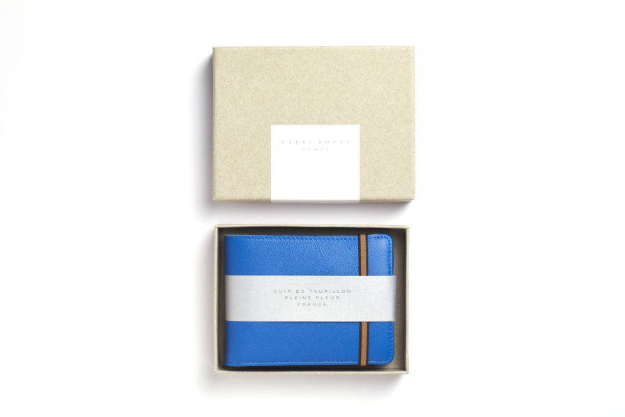 Light Blue Minimalist Wallet With Coin Pocket by Carré Royal Box (LA901-Bleu Ciel)