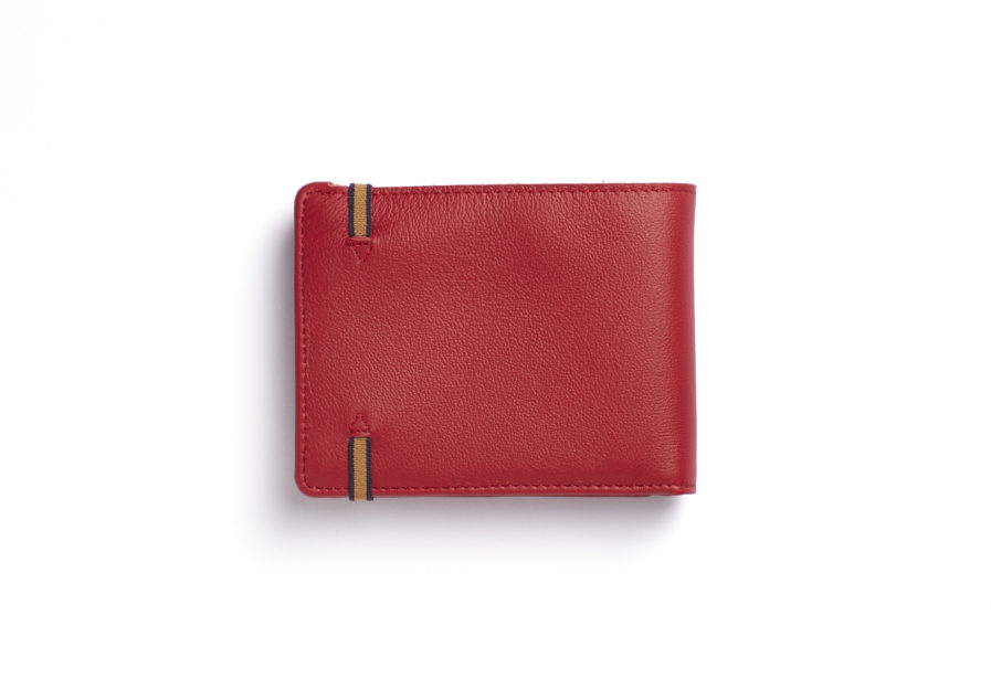 Red Minimalist Wallet With Coin Pocket by Carré Royal Back (LA901-Rouge)