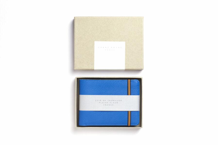 Portefeuille Minimaliste Bleu Ciel en Cuir de Carré Royal dans sa boîte (LA902 Bleu Ciel)