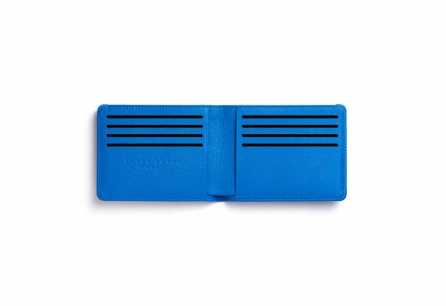 Portefeuille Minimaliste Bleu Ciel en Cuir de Carré Royal ouvert (LA902 Bleu Ciel)
