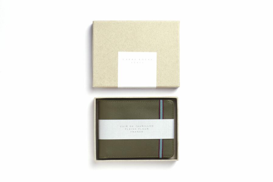 Kaki Minimalist Wallet by Carré Royal in the Box (LA902 Kaki)