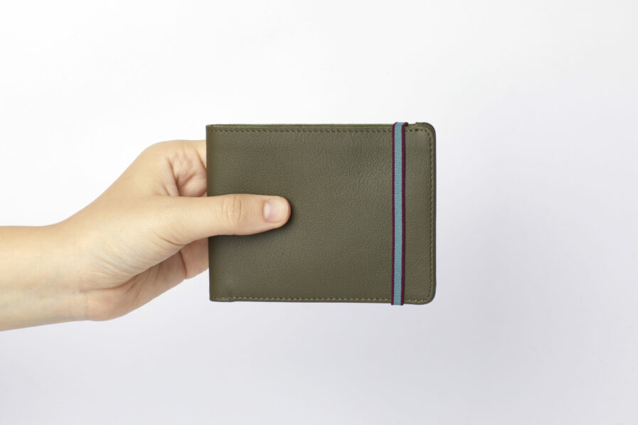 Kaki Minimalist Wallet by Carré Royal at Hand (LA902 Kaki)