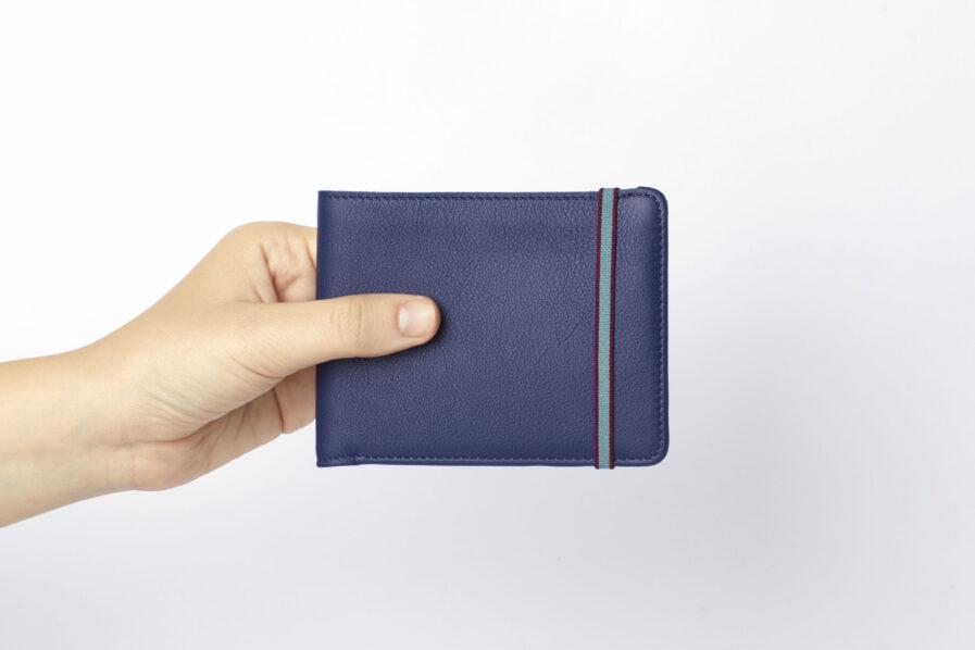 Navy Minimalist Wallet by Carré Royal at Hand (LA902 Marine)