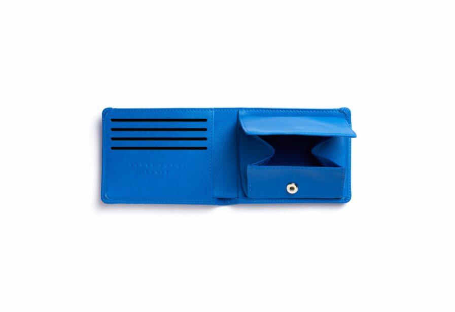 Portefeuille Minimaliste Bleu Ciel en Cuir de Taurillon avec Poche à monnaie par Carré Royal ouvert (LA901 Bleu Ciel)