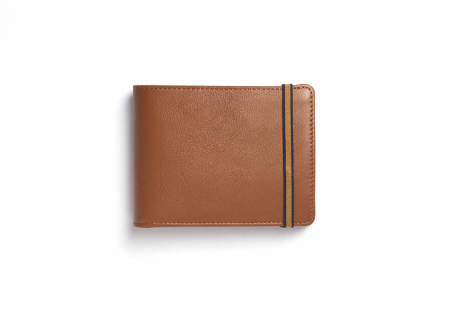 Gold Minimalist Leather Wallet With Coin Pocket by Carré Royal Front (LA901 Gold)