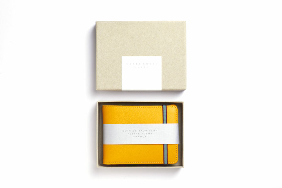 Yellow Minimalist Leather Wallet With Coin Pocket by Carré Royal in the Box (LA901 Jaune)