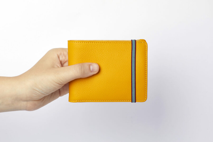 Yellow Minimalist Leather Wallet With Coin Pocket by Carré Royal at Hand (LA901 Jaune)