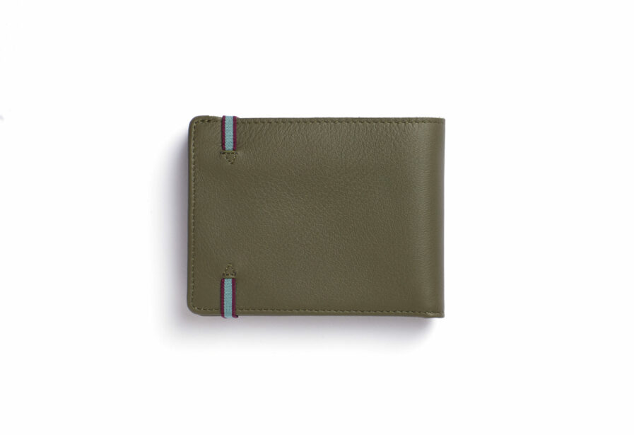 Kaki Minimalist Leather Wallet With Coin Pocket by Carré Royal Back (LA901 Kaki)