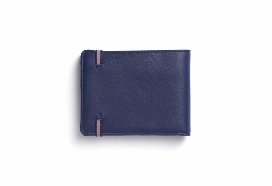 Navy Minimalist Leather Wallet With Coin Pocket by Carré Royal Back (LA901 Marine)