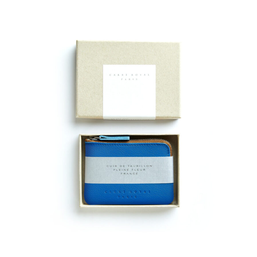 Light Blue Minimalist Purse in Calfskin Leather by Carré Royal in the Box (AT302 Light Blue)