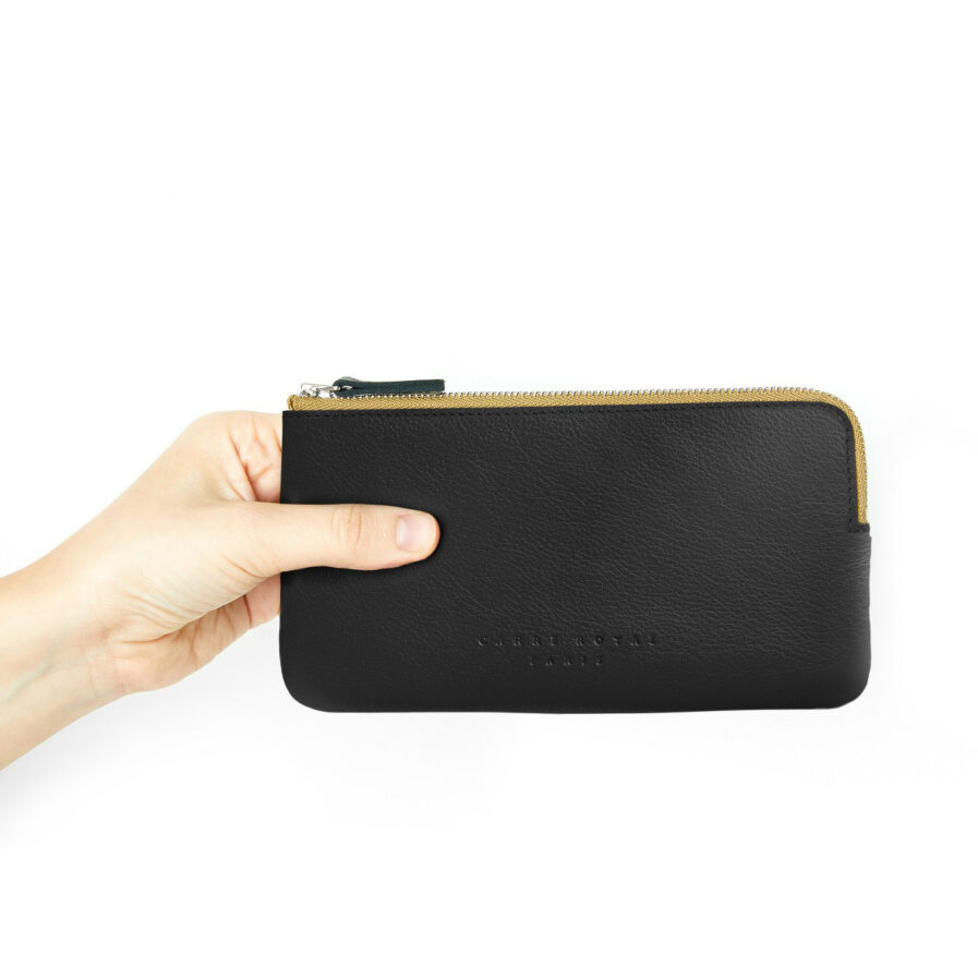 Black Pouch in Calfskin Leather by Carré Royal at Hand (AT305 Black)