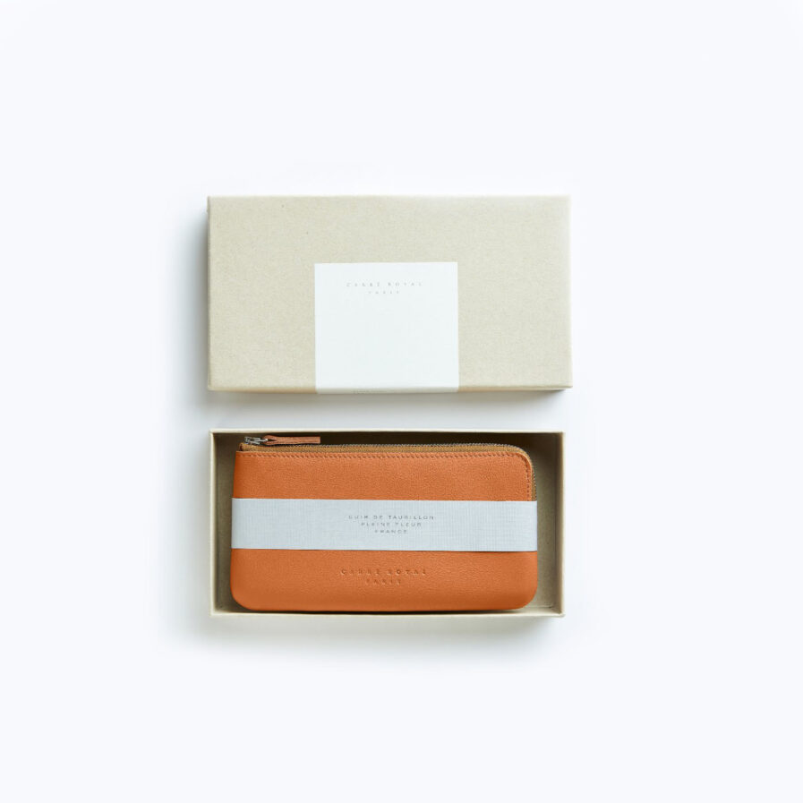 Gold Pouch in Calfskin Leather by Carré Royal in the Box (AT305 Gold)